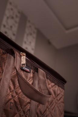hometex dark brown frameless clothing box handle and zip